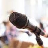 Водещ--Презентация от мястото на събитието